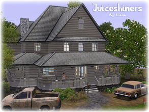 Sims 3 — Juiceshiners - 3 Bd, 3 Bth by Illiana — This old house has been in the Clempet family for generations. The